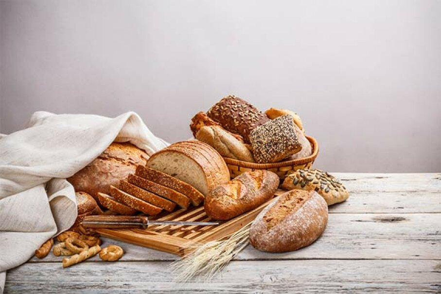 A gluten-free diet may actually increase the risk of cancer since whole grains are good sources of fiber and anti-oxidants that do protect against the disease. grafvision/iStock/Thinkstock