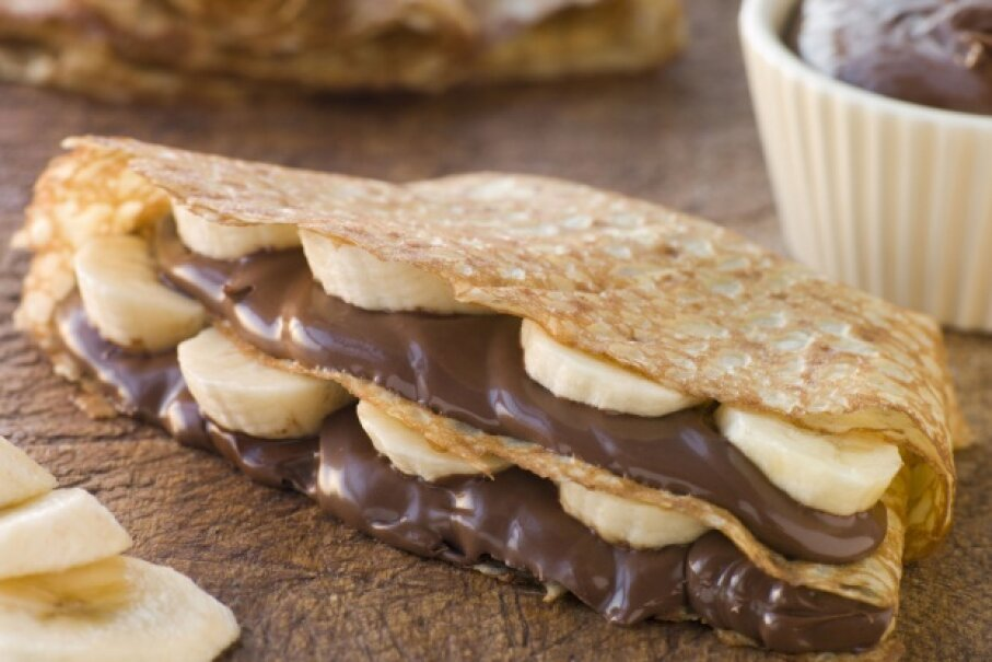 Bananas pair beautifully with chocolate in other desserts, so they're a natural choice for s'mores as well. ©iStockphoto/Thinkstock