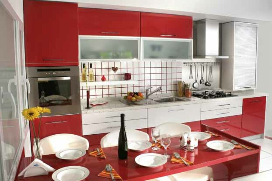 Many designers use glass tile only for accents or backsplashes because it can create a fairly irregular and non-uniform surface which requires a lot of grout. iStock/Thinkstock