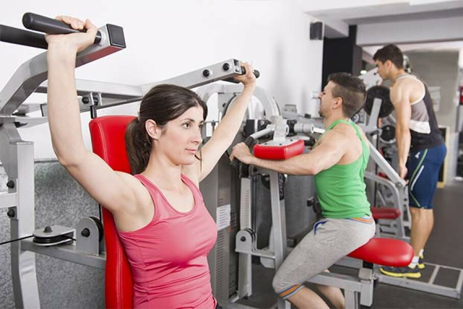 Some people don't know there's such a thing as gym etiquette. We'll help them out. MaxRiesgo/iStock/Thinkstock