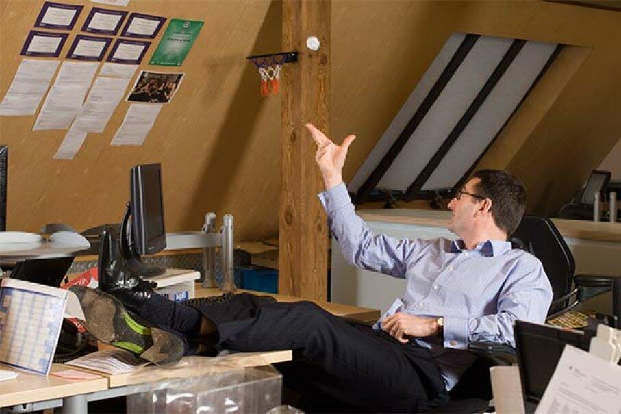 Procrastinators sabotage themselves to avoid doing something that they don't want to do. Ingram Publishing/Thinkstock