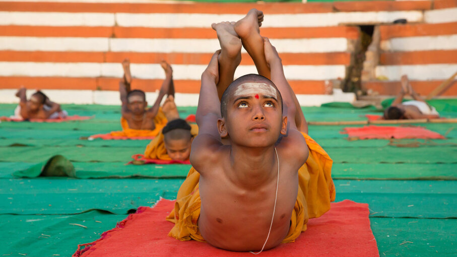 kids doing yoga in India