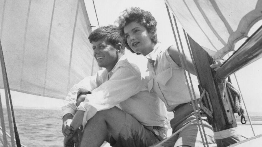 John Kennedy, Jackie Bouvier