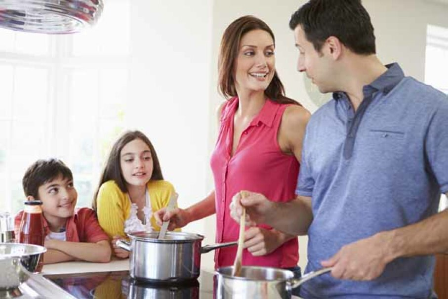 Kids love to help out in the kitchen and easy Italian dishes will encourage them to do so even more. See more kid-friendly recipe pictures. monkeybusinessimages/Thinkstock