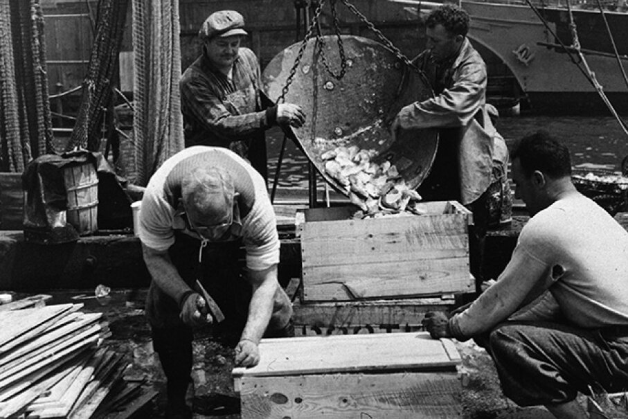 Something's fishy about this New York market. Gordon Parks/Library Of Congress/Getty Images