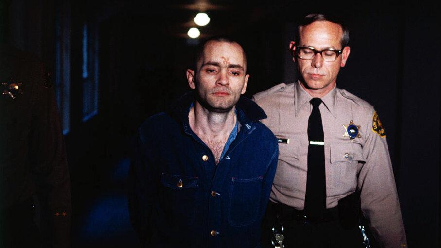 Manson murders Charles Manson