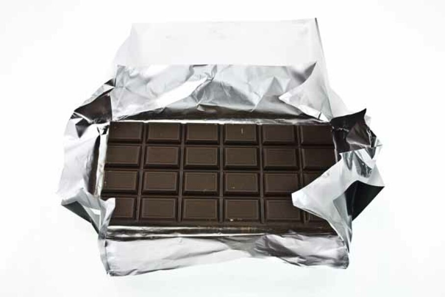 Foil can be used to sharpen knives, warm up a room and wrap everything from chocolate to chicken. Dmitriy Sechin/Hemera/Thinkstock
