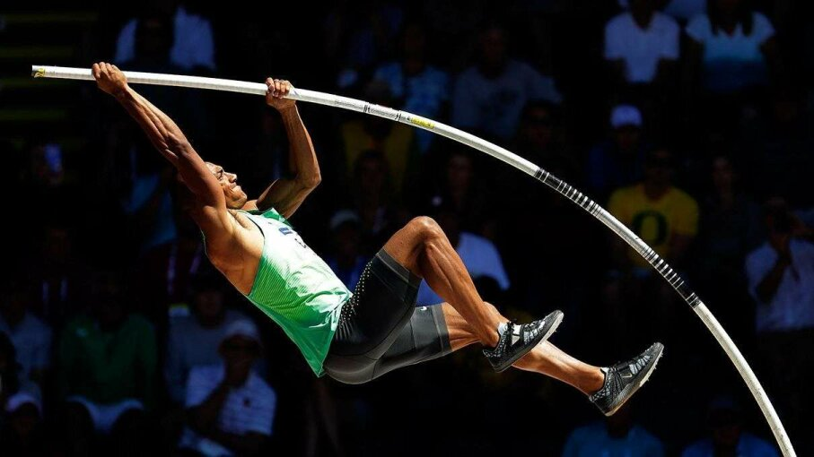 Ashton Eaton competes in the men's decathlon pole vault during the 2016 U.S. Olympic Track & Field Team Trials on July 3, 2016, in Eugene, Oregon. Andy Lyons/Getty Images