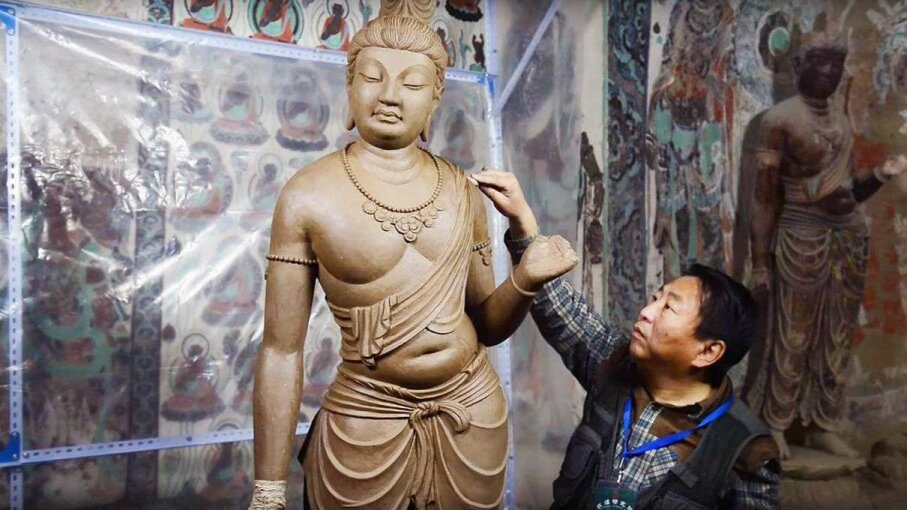 Cave Replicas Let Visitors Inside a Trove of Buddhist Art The Wall Street Journal