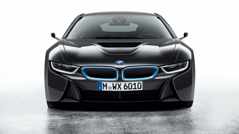 Notice anything about those side-view appendages on BMW's i8 concept car, which it displayed at CES? They're cameras, not mirrors. The car doesn't have a single mirror in fact. BMW Group