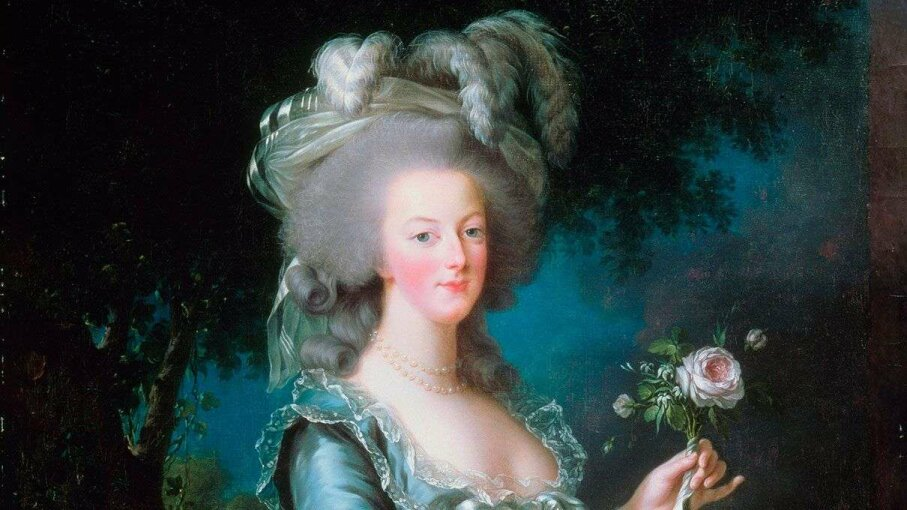 Marie Antoinette's portrait here was painted by Louise lisabeth Vige Le Brun, a favorite artist. Fine Art Images/Getty Images