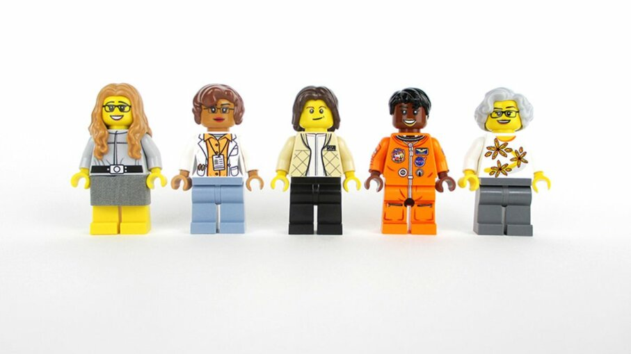 Science writer Maia Weinstock designed a Lego set of some of the female pioneers at NASA.  2016 Maia Weinstock/CC BY-NC-ND 2.0