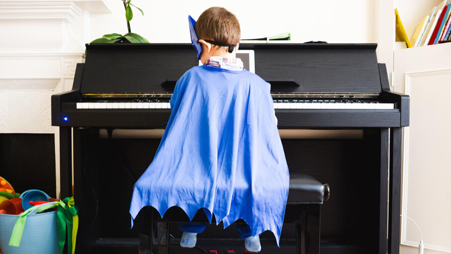 Donning a cape or a crown could help kids get work done -- even when they're tempted by attractive distractions. ballero/iStock/Thinkstock