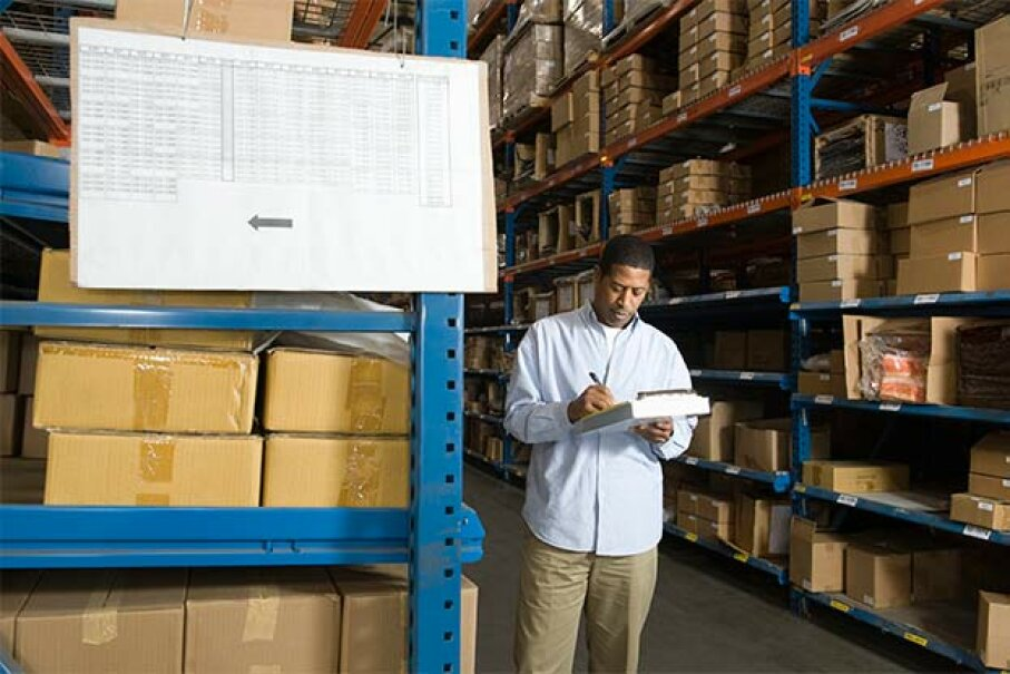 As your online operation gets bigger, you'll want to outsource fulfillment to a distribution center. moodboard/Thinkstock