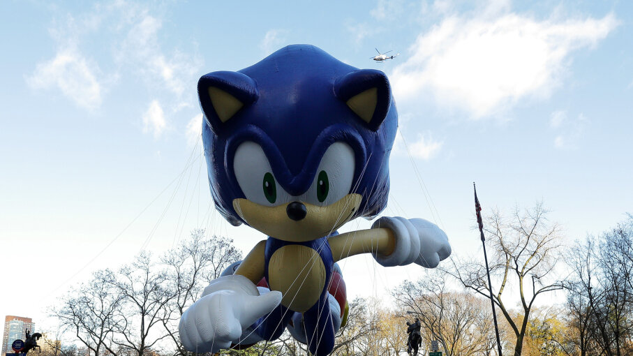 Sonic the Hedgehog balloon