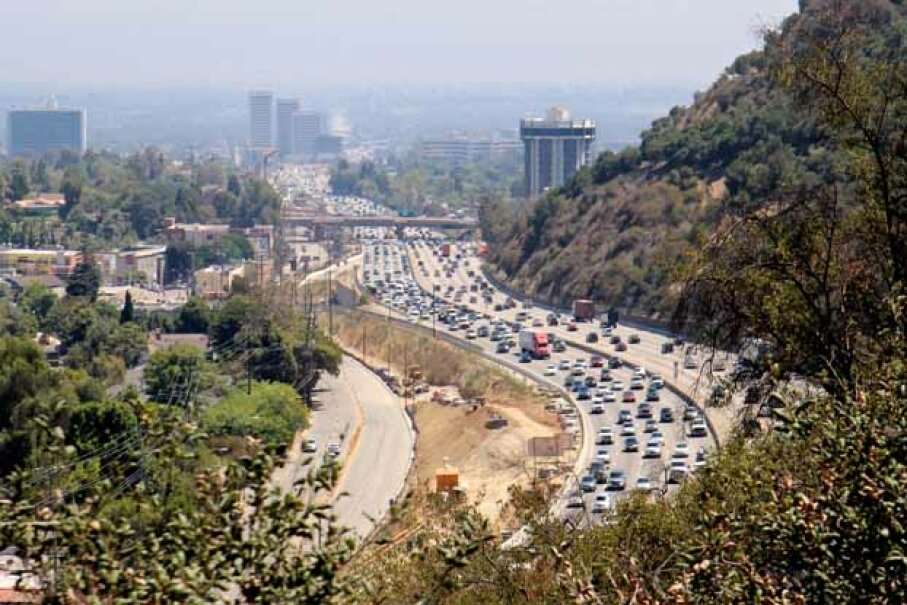 Traffic on Sepulveda Pass, Los Angeles. Karol Franks/Flckr/Getty Images