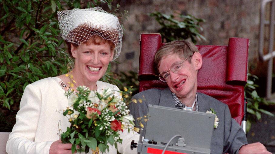 Stephen Hawking, Elaine Mason