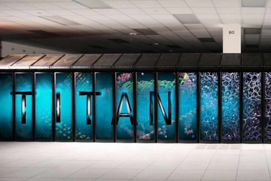Titan's exterior cabinets are the same ones that Jaguar was housed in, but they got a makeover for the new supercomputer. ©OLCF