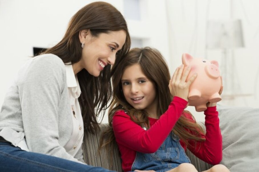 If you meet certain income and savings requirements, you can get a Saver's Credit. Ridofranz/iStockphoto/ThinkStock