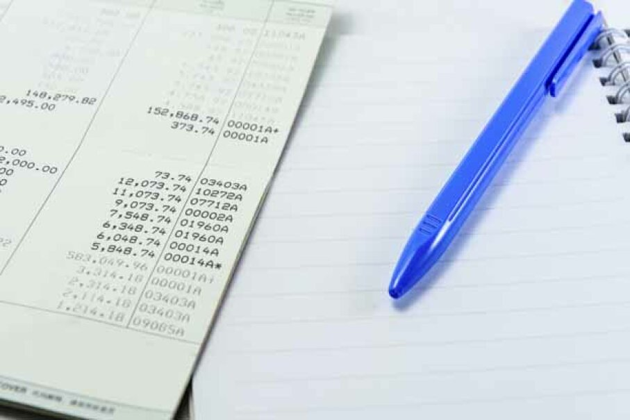 You should save any receipts you have to back up your tax write-offs. iStock/Thinkstock