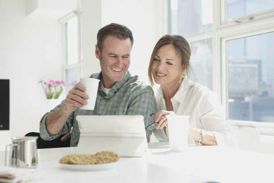 Generally, it makes better financial sense for a married couple to file jointly but there are times when filing separately is preferable. Dann Tardif/Fuse/Thinkstock