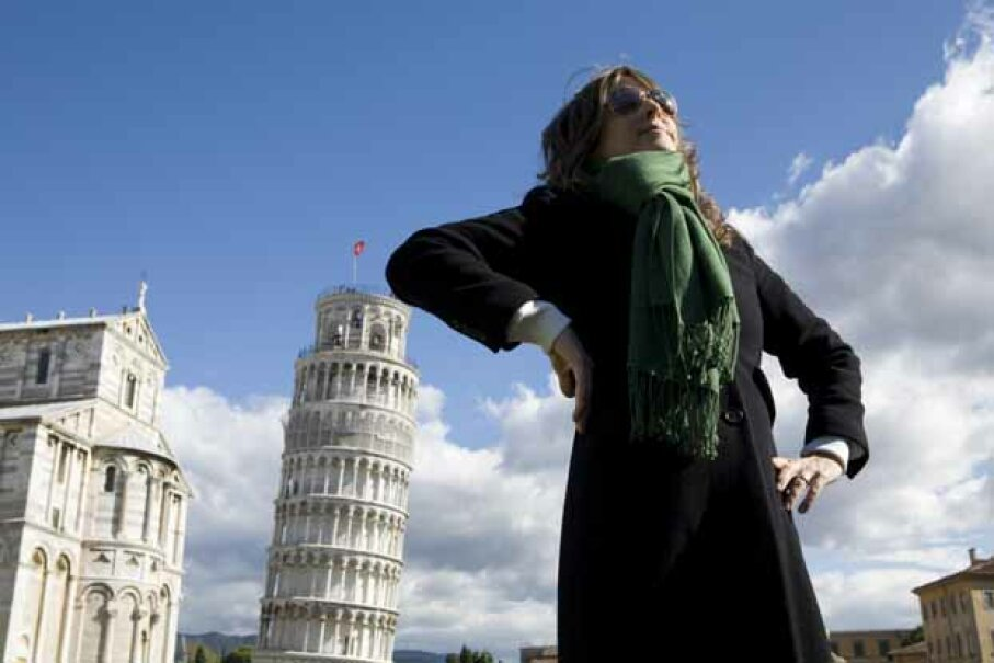 Here's a photo trick you can do with the Leaning Tower of Pisa. Allison Michael Orenstein/The Image Bank/Getty Images