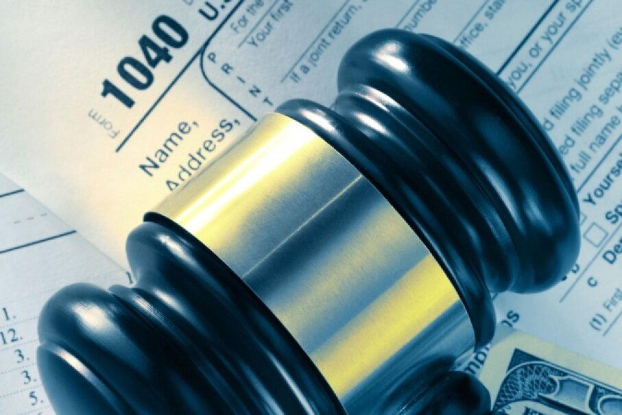 The ins and outs of tax law can be difficult to keep up with. © Garsya/iStockphoto