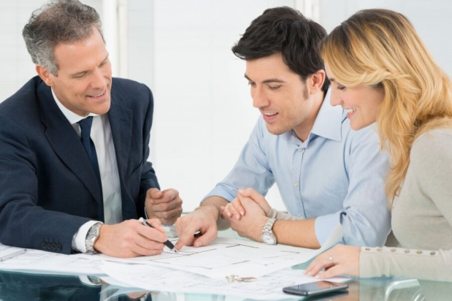 Don't make the mistake of hiring an accountant and then disregarding his advice. © Ridofranz/iStockphoto