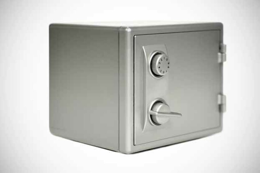 Items left in safe deposit boxes might end up in the state treasury. anthonyjhall/iStock/Thinkstock