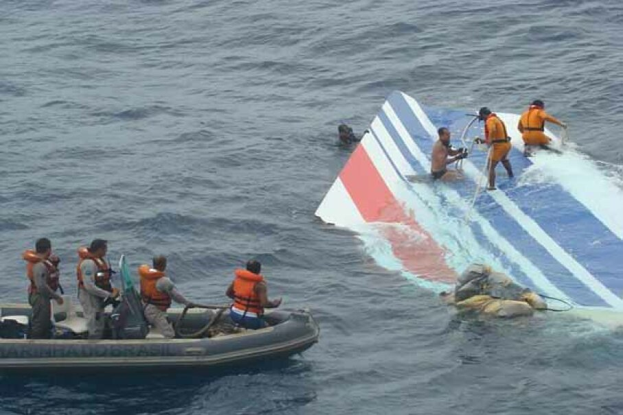 Brazilian Navy divers recover a huge part of the rudder of the Air France Airbus A330 out of the Atlantic Ocean, some 745 miles (1,200 km) northeast of Recife in 2009. © Brazilian Air Force/Handout/Xinhua Press/Corbis