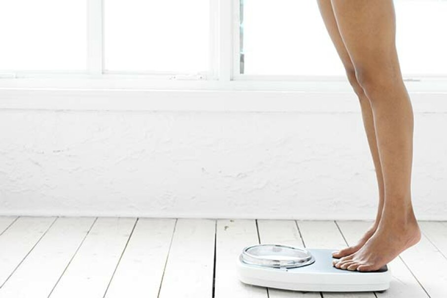 Surprisingly, experimental trials showed that people who lost weight rapidly weighed less at the end of longer-term follow-ups versus people who lost weight gradually. George Doyle/Stockbyte/Thinkstock