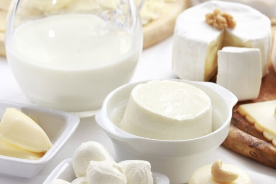 Not all dairy products are bad, and many offer health benefits. Some consumers switch to organic dairy products to get the nutrition perks but avoid unwanted components. ©iStock/Thinkstock
