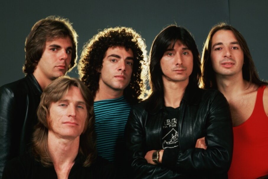 Jonathan Cain, Ross Valory, Neal Schon, Steve Perry and Steve Smith in all their Journey glory. Note: None of them were born and raised in south Detroit. © Roger Ressmeyer/Corbis